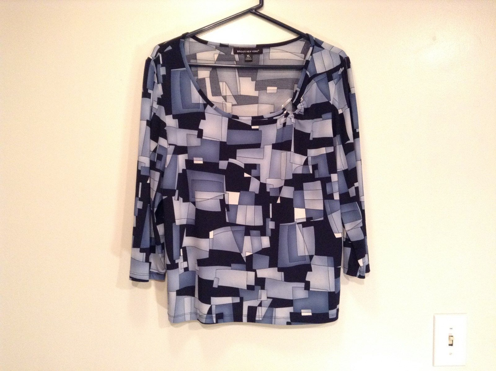 Size XL Blue Black Long Sleeve Blouse Stretchy Briggs NY Excellent Condition