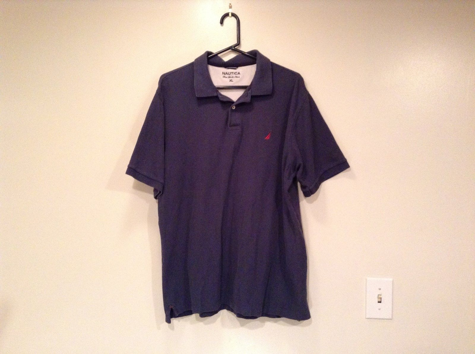 Size XL Dark Blue Short Sleeve 100  Percent Cotton Nautica Casual Polo Shirt