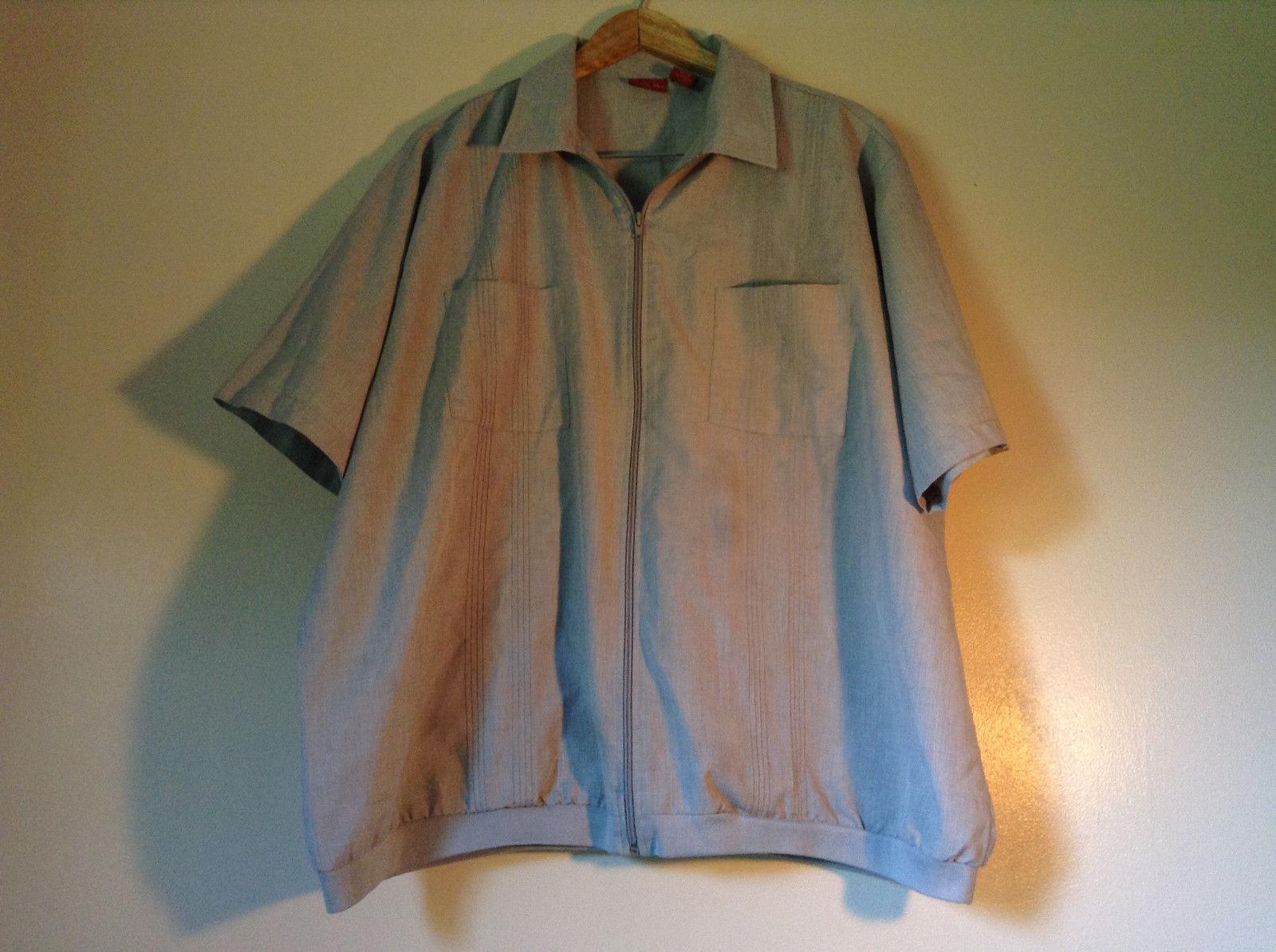 Size XX Light Gray Short Sleeve Shirt Full Front Zipper Closure Lions Den