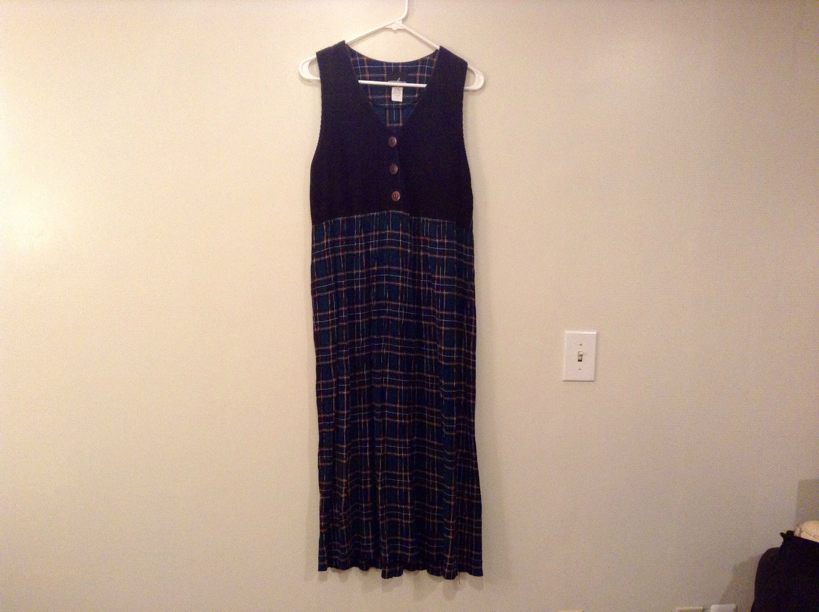 Sleeveless Size 10 Black at Top Teal Plaid Bottom Dress Positive Attitude