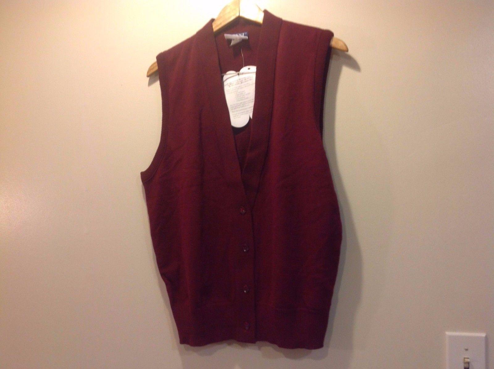 Sleeveless Burgundy Crest Vest Men Crew New