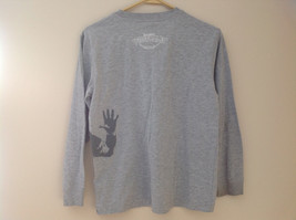 Old Navy Gray Long Sleeve Football Player Graphic Shirt Size Large 10 to 12 image 7