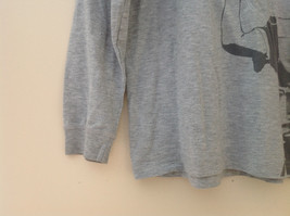 Old Navy Gray Long Sleeve Football Player Graphic Shirt Size Large 10 to 12 image 3