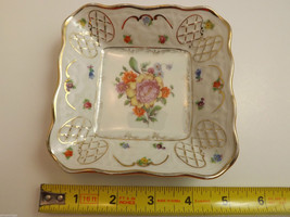 Pair of Vintage Dishes - Semi Vitreous Opaque China and Bavaria Schumann Germany image 4