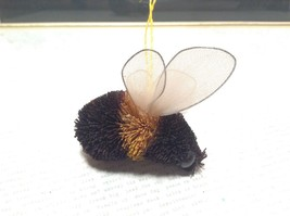 Palm Fiber Bumble Bee Insect Brush  Eco Fiber Sustainable Made in Philippines image 4