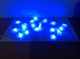 Snowflakes Blue Garland Three Settings Lighting Two Flashing