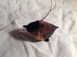 Palm Fiber Perched chickadee Brush Animal Eco Fiber Sustainable Ornament image 3