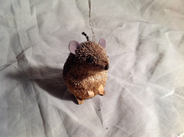 Palm Fiber Seated Mouse Brush Animal Eco Fiber Sustainable Ornament image 2