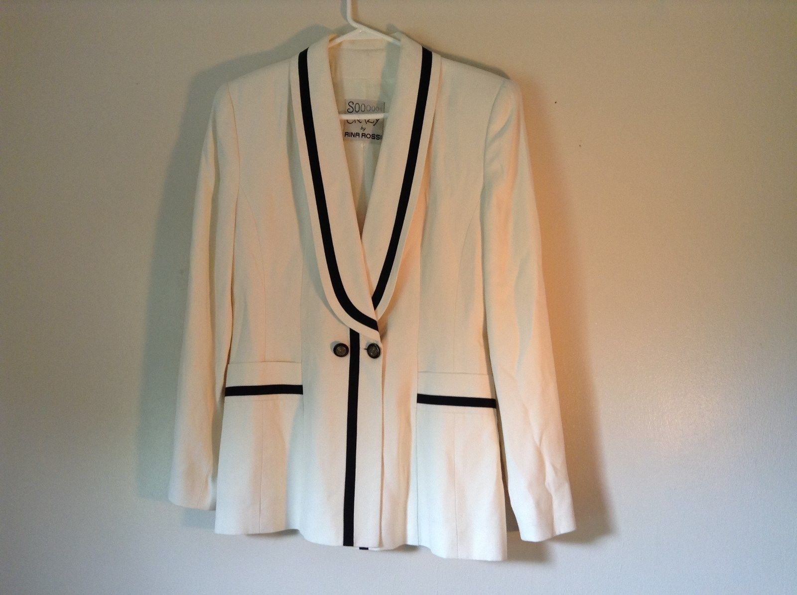 So Crazy by Rina Rossi White Blazer with Black Accent Blazer Shoulder Pads