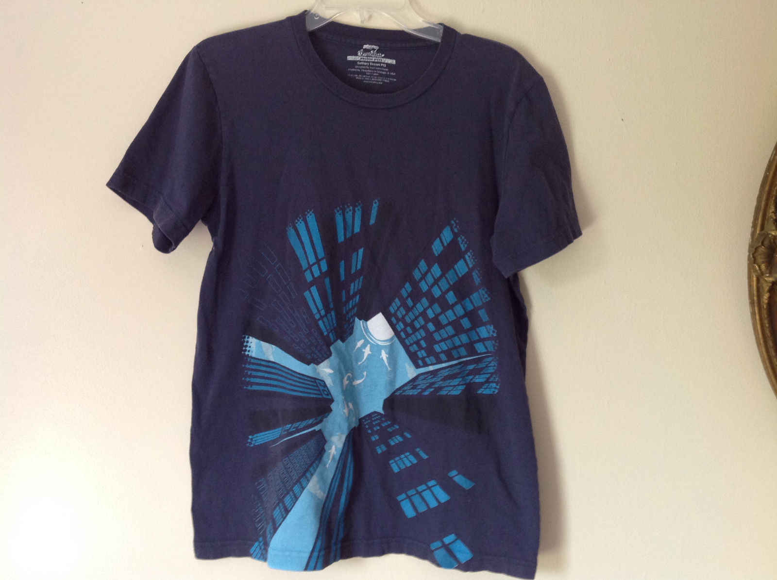 Solitary Dream Navy Blue Graphic T Shirt Light Blue Sharks Buildings Size M