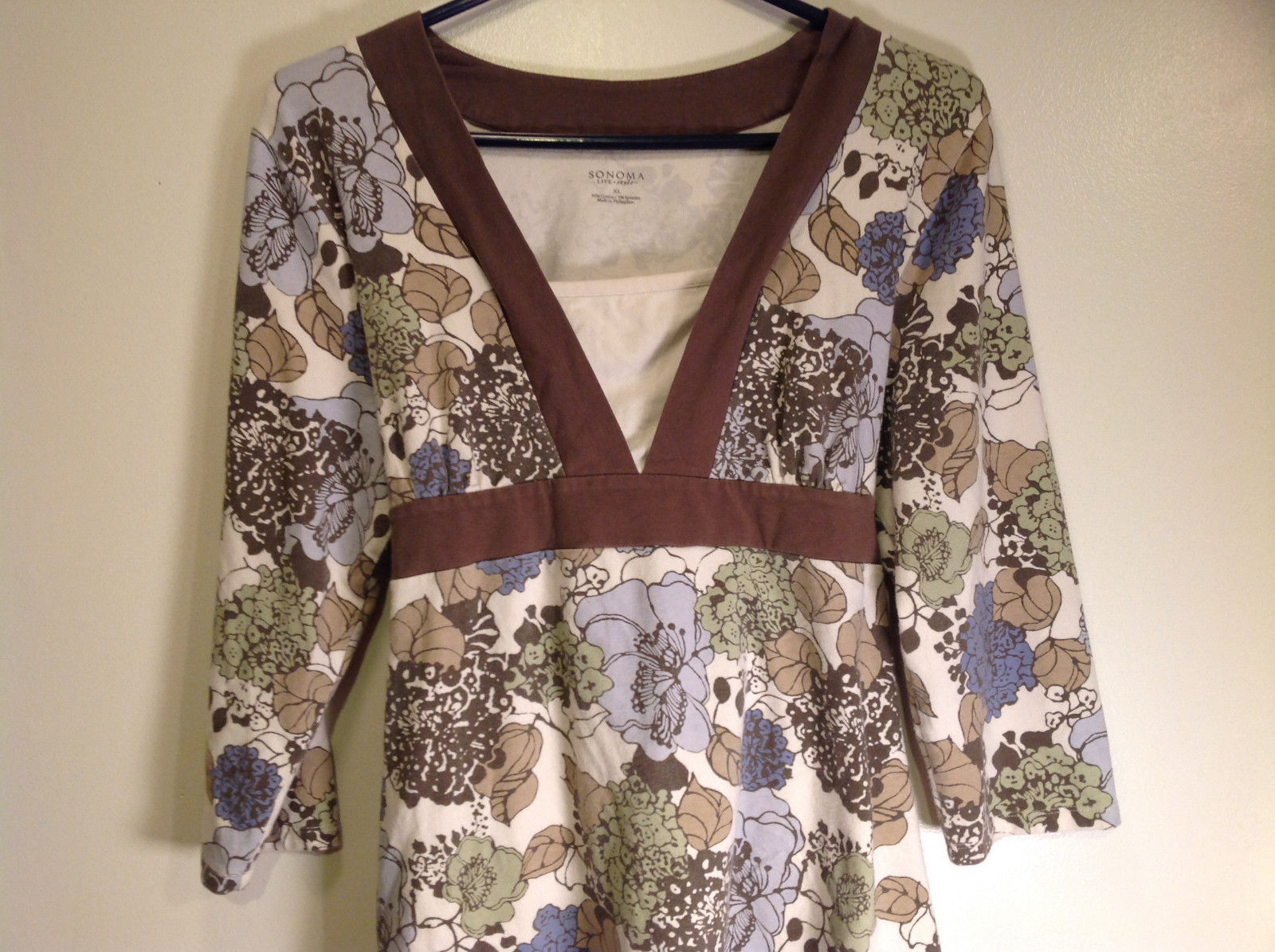Sonoma Size XL Long Sleeve Floral Design Top with Attached Belt Tie in Back