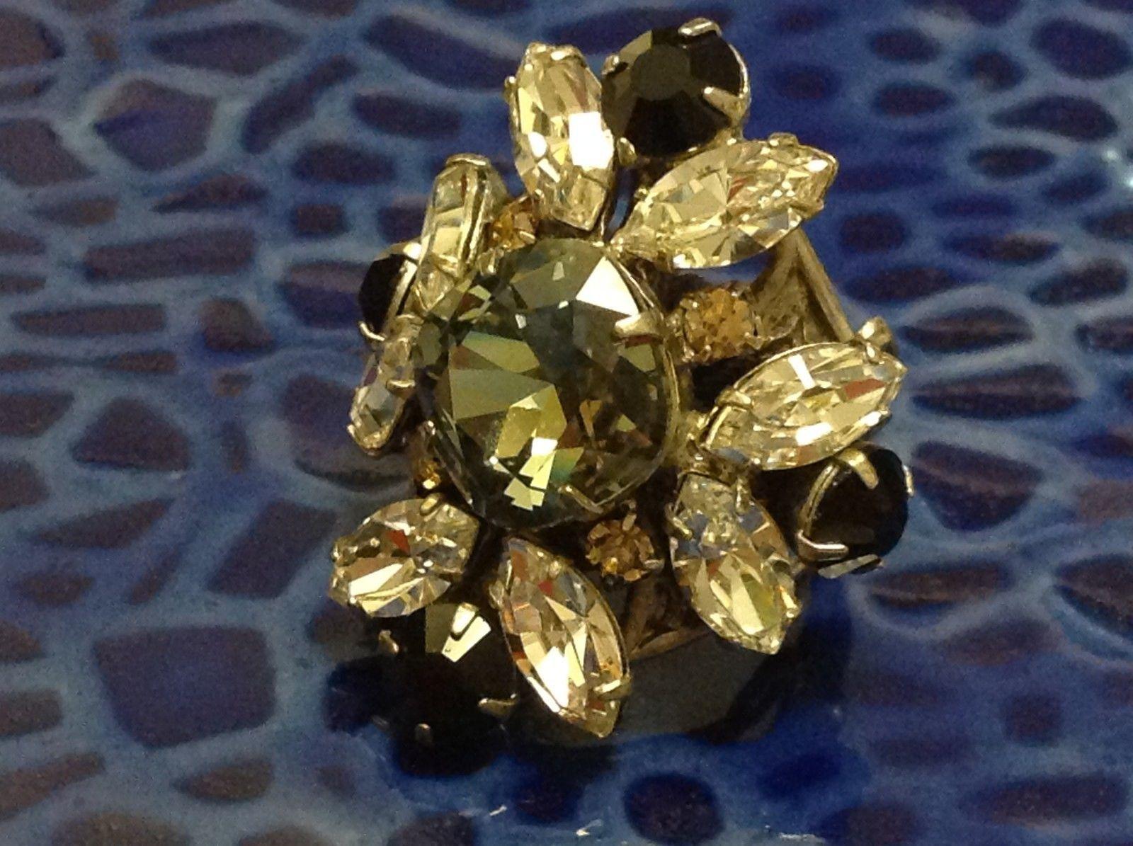 Sorrelli  Open Adjustable Ring  crystal statement flower clear gray black