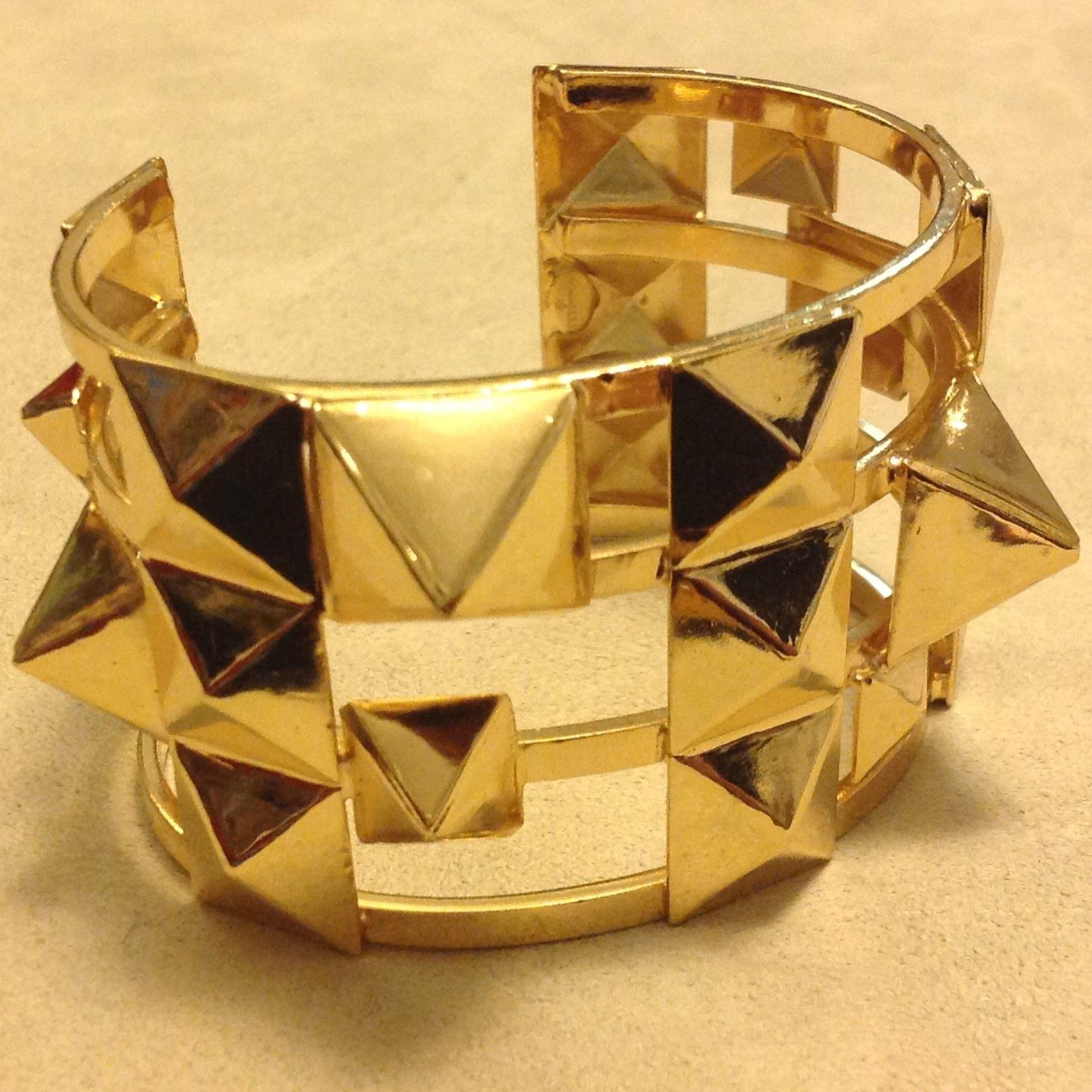 Sorrelli gold tone pyramid decorated open back bangle bracelet modern