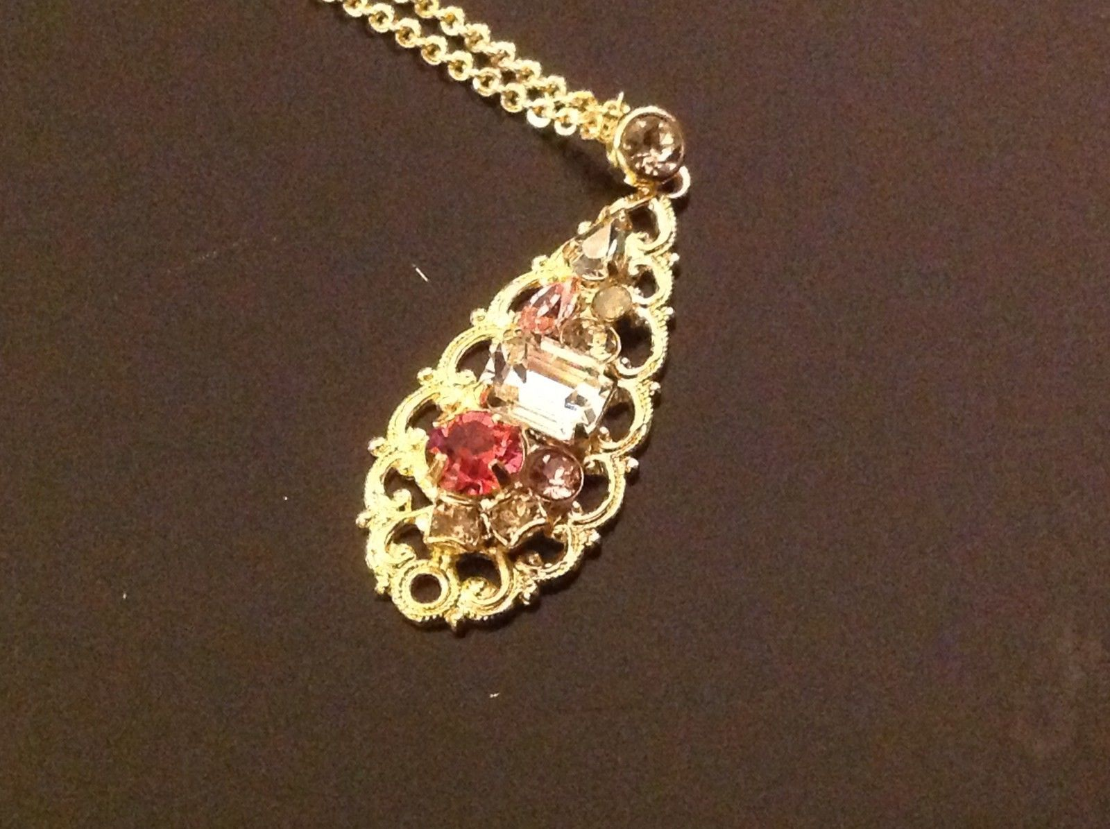 Sorrelli  tropical breezes and crystals pendant  necklace gold tone
