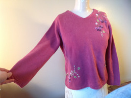 Purple Pink Long Sleeve Sweater Embroidered Flowers Made in China Tags Removed image 3