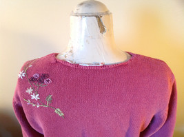 Purple Pink Long Sleeve Sweater Embroidered Flowers Made in China Tags Removed image 6