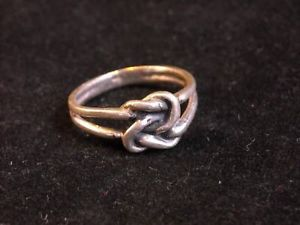 Sterling Silver 925  Knot ring size 9