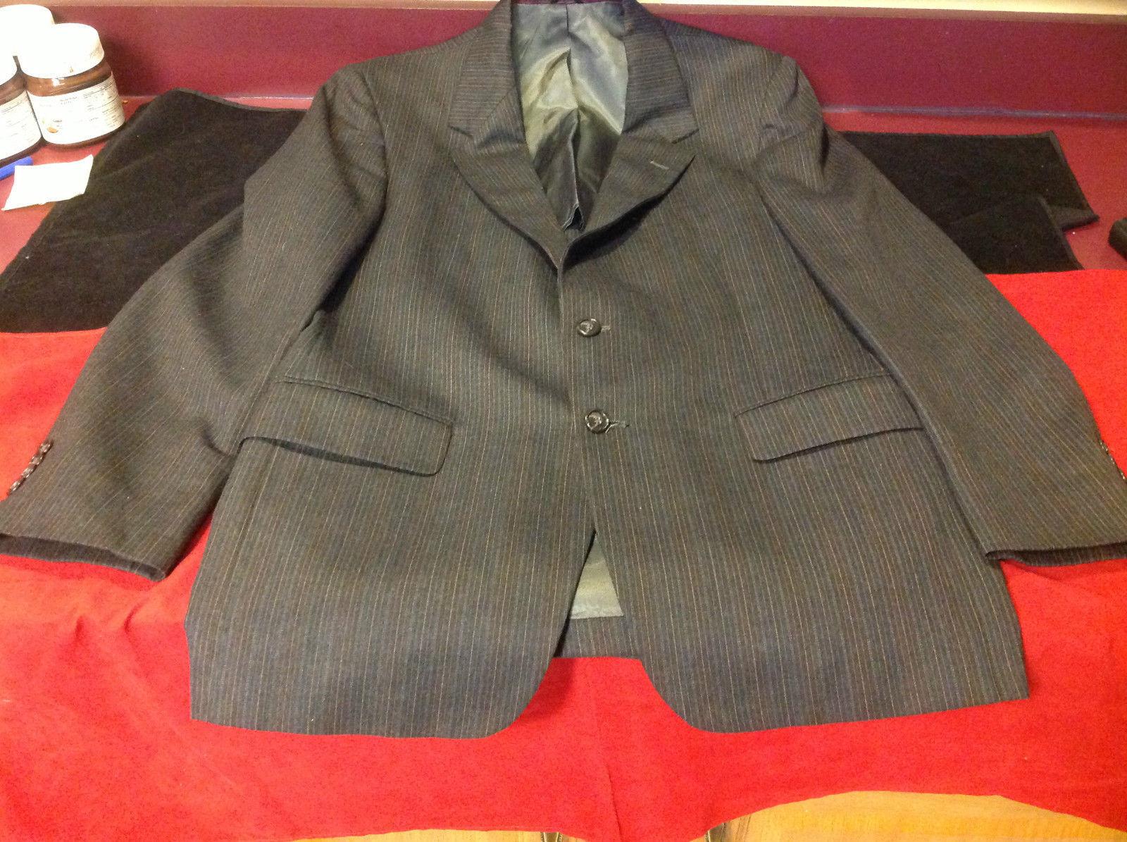 Stafford Dark Gray Blazer Size 42 w x 32 L