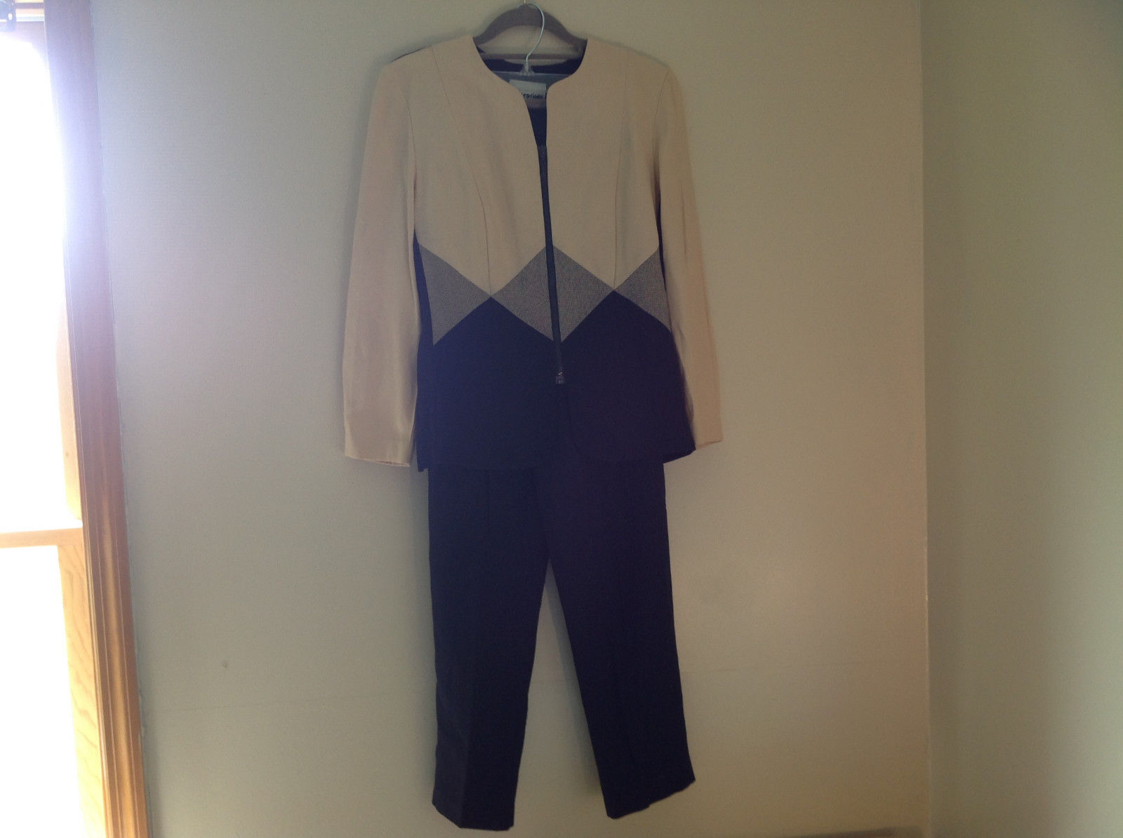 Stunning Navy Creme Pant Suit by Perceptions Elastic Waistband Size 6