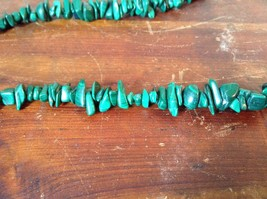 Pretty Green 36 Inch Necklace Malachite Chip image 3
