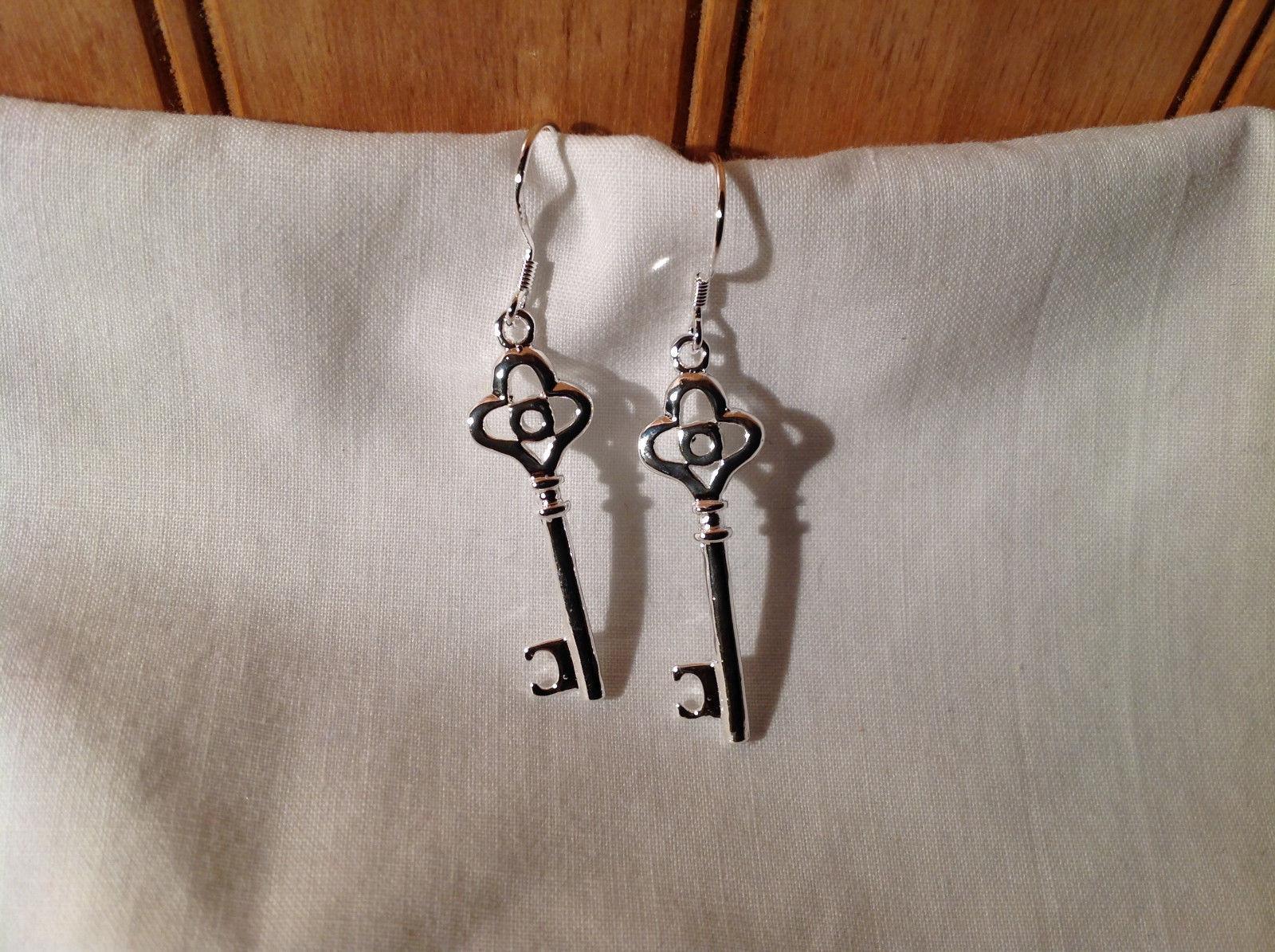Stunning  Sterling Silver Plated Loop Design Key Dangling Earrings