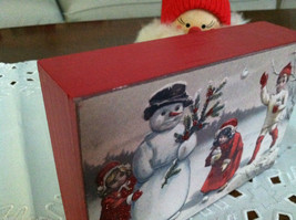 Red Wooden Box Christmas winter Sign of Vintage Snowman w playing  Kids image 2