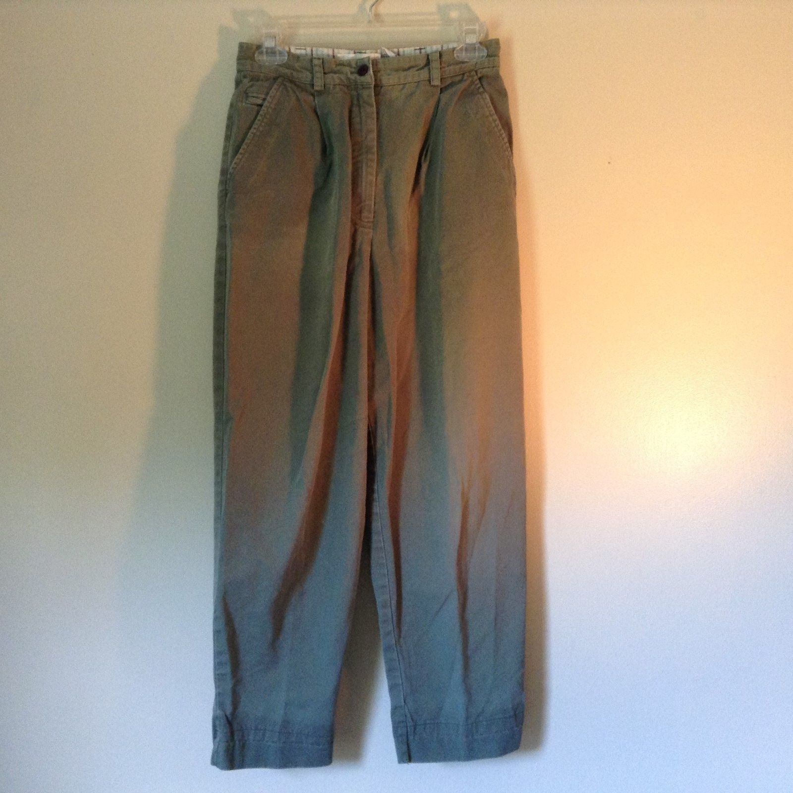 Talbots Green Casual Pants Zipper Button Closure 2 Front Pockets 1 Back Pocket