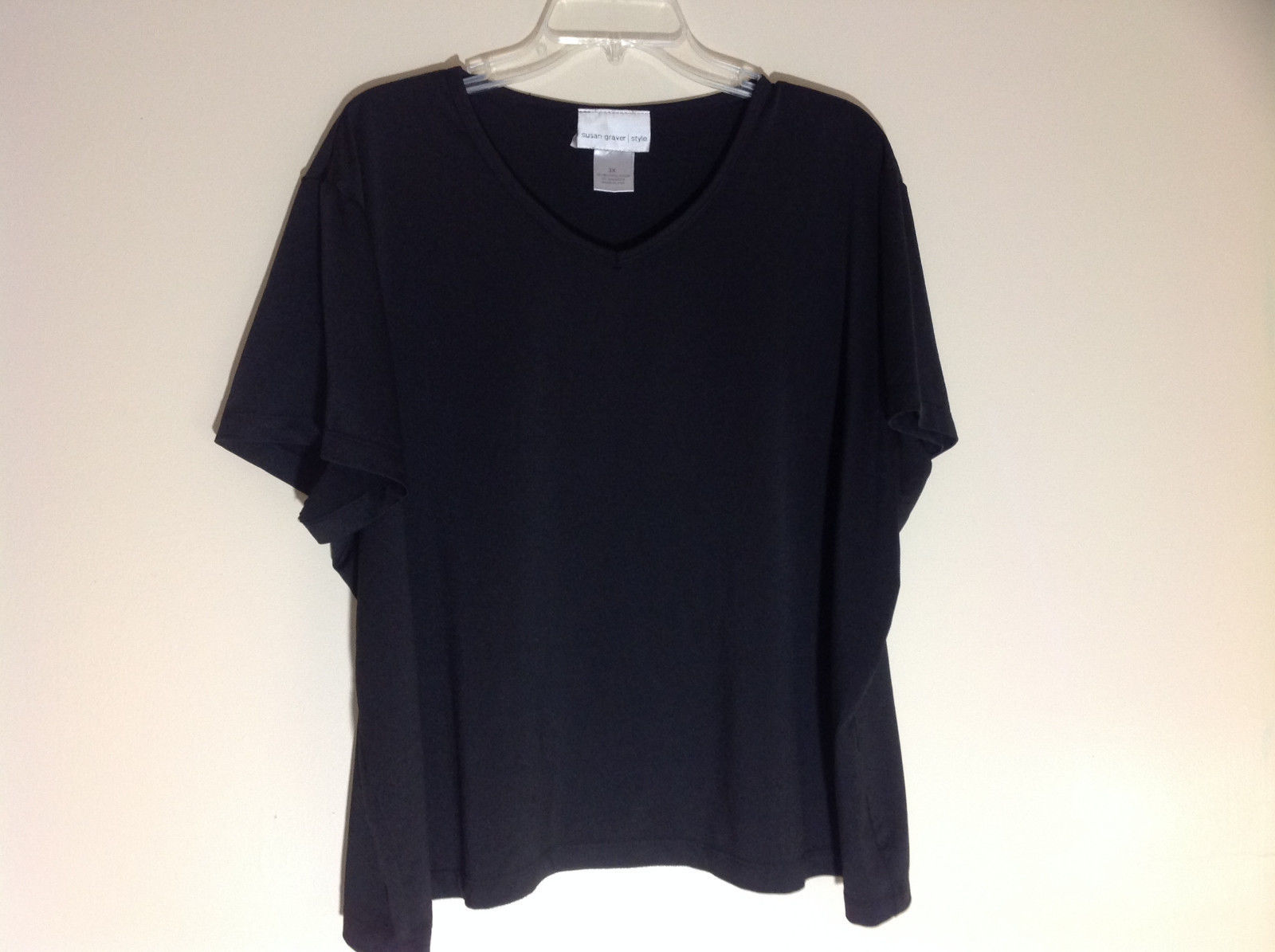 Susan Graver Black V-Neck Short  Sleeve Shirt  Size 3X