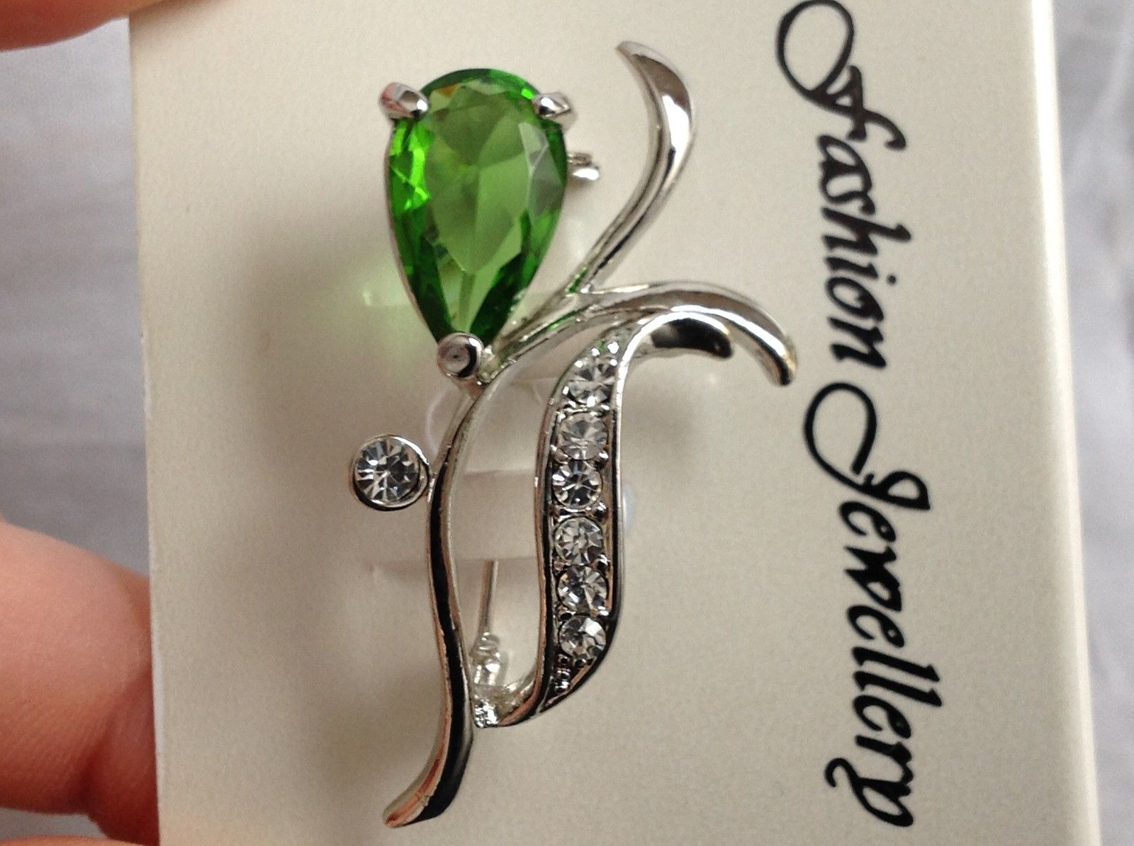 Swarovski  Silver tone green flower stone brooch pin clear crystal leaf