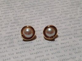 Synthetic Pearl Gold Bordered Vintage Style Stud Earrings