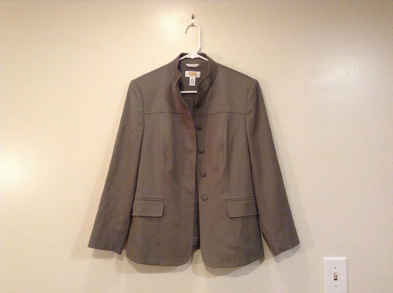 Talbots Gray Light Lined Blazer Size 6 Stand Collar Front Hidden Button Closure