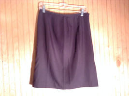 Tahari Classics Lined Black Skirt Zipper Closure on Side Made in USA Size 12 - $39.59