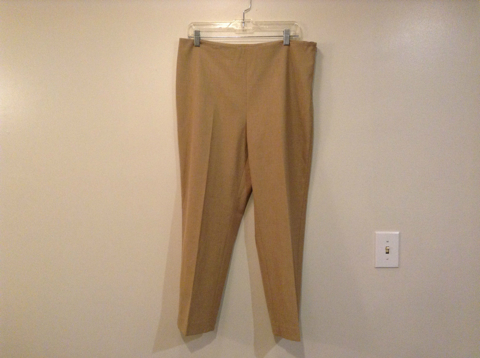 Talbots Petite Classic Tan Dress Pants Side Zipper Closure No Pockets Size 14P