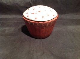 Red Wooden Cupcake Decoration Make Cupcakes Not War image 2