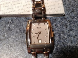 Relic ZR33482 Watches Date on Face of Watch image 6
