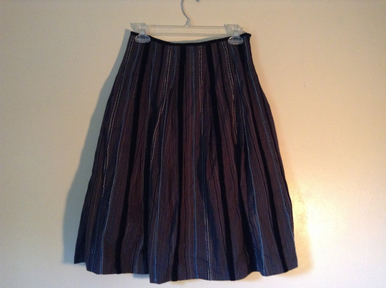 Talbots Striped Gray Black White Blue Formal Casual Skirt Size 4