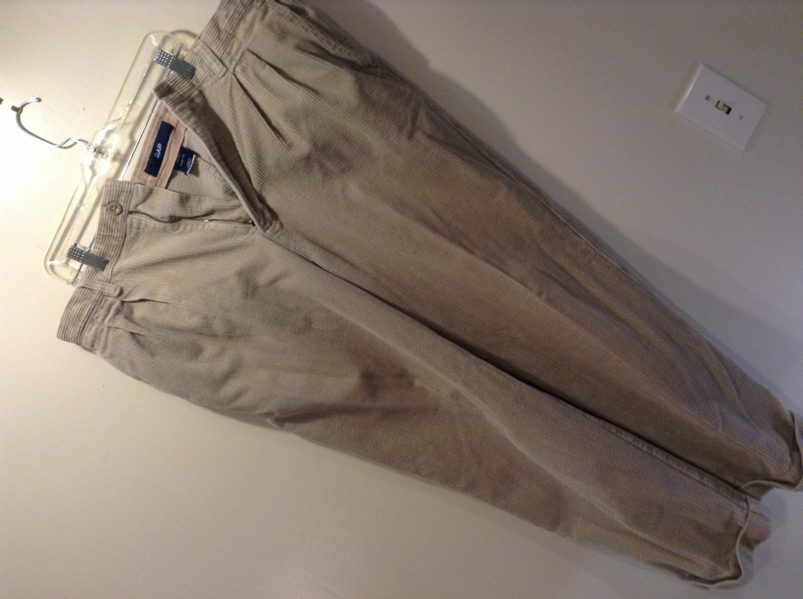 Tan Corduroy Gap Casual Pants Size 40 by 30 Easy Fit Zipper Button Closure