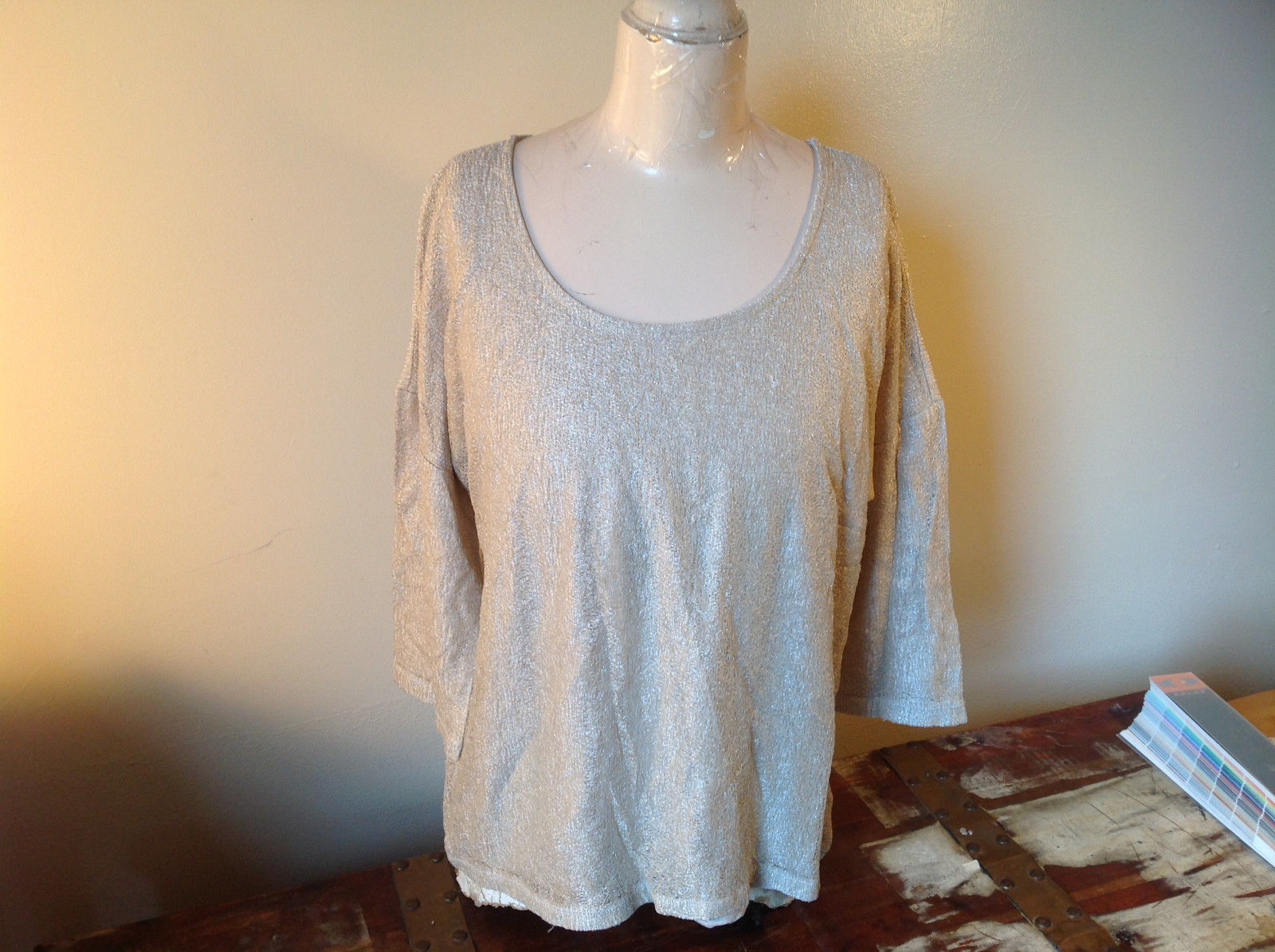 Tan Metallic Liz Claiborne Three Quarter Length Sleeve Length Shirt Size XL