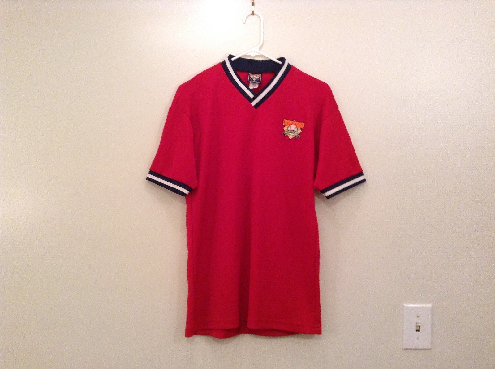 Team Cooperstown Little Majors Bright Red Team Embroidery V Neck Shirt Size M