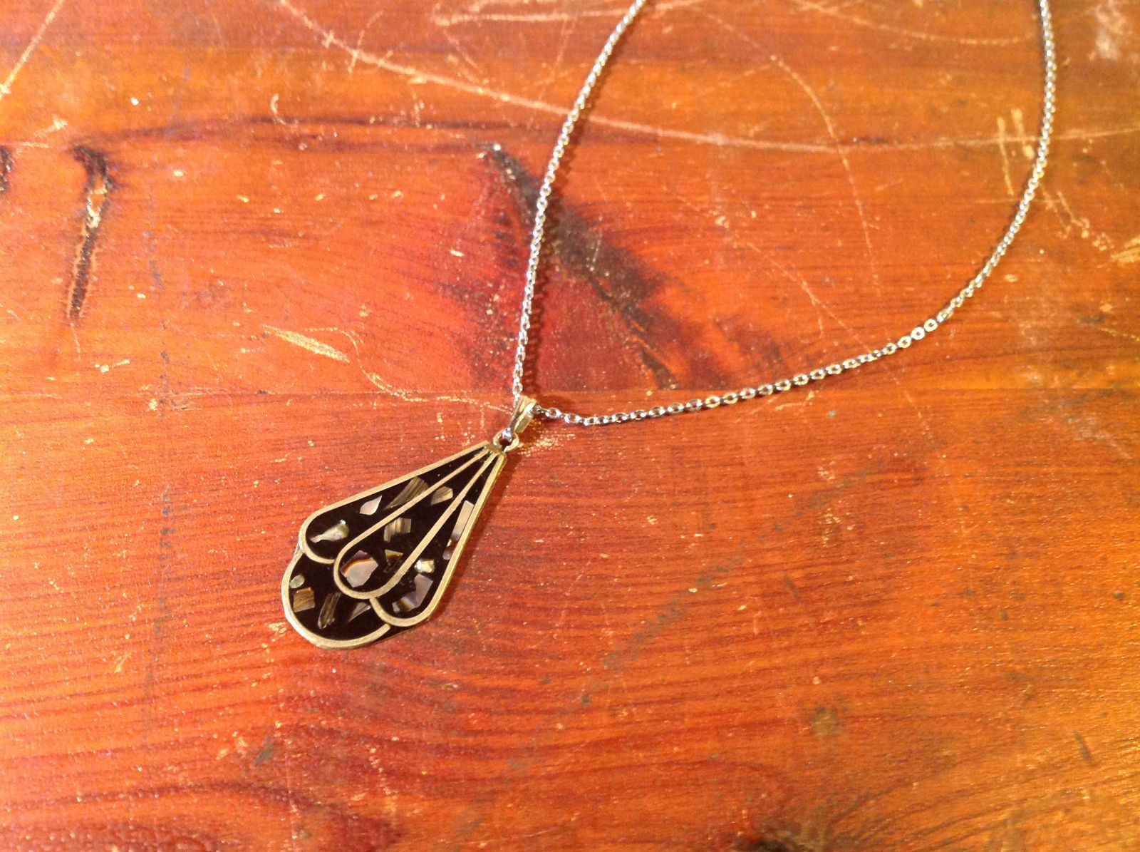 Teardrop Shaped Flat Necklace Bits of Stone Silver Tone Black Chain