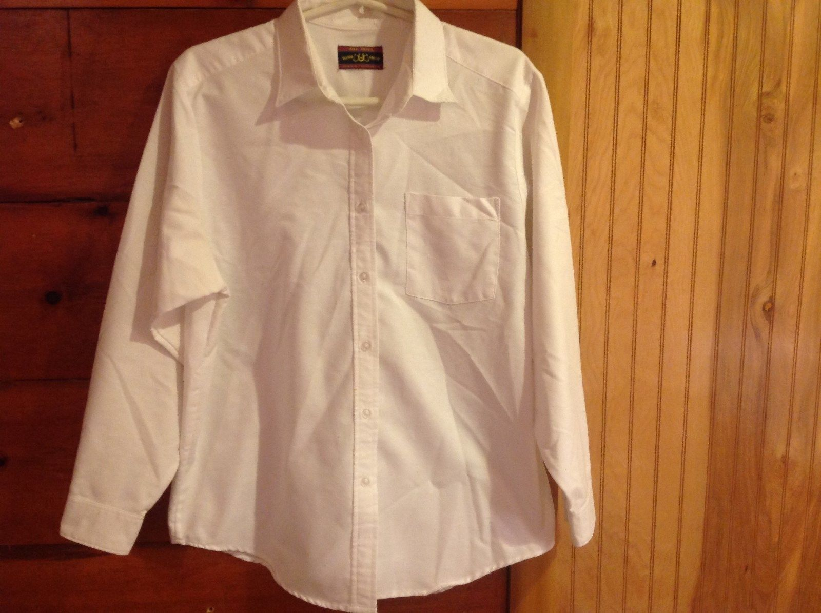 The Dova Oxford Collection White Button Down Long Sleeve Shirt with Collar