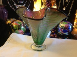 Art Vase Blown Glass Two tone green and pink fern swirl made in USA image 3