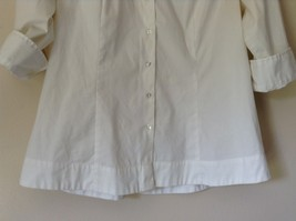 Riders by Lee White Button Down Shirt Collar Instantly Slims You Size Medium image 2