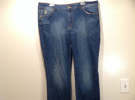 Rocawear Size 22 Stretchy Blue Jeans Excellent Condition Zipper Button Closure image 2