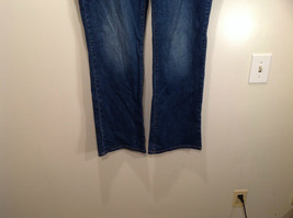 Rocawear Size 22 Stretchy Blue Jeans Excellent Condition Zipper Button Closure image 4
