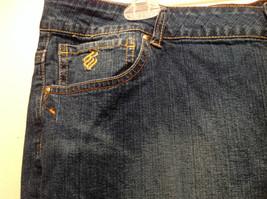 Rocawear Size 22 Stretchy Blue Jeans Excellent Condition Zipper Button Closure image 6