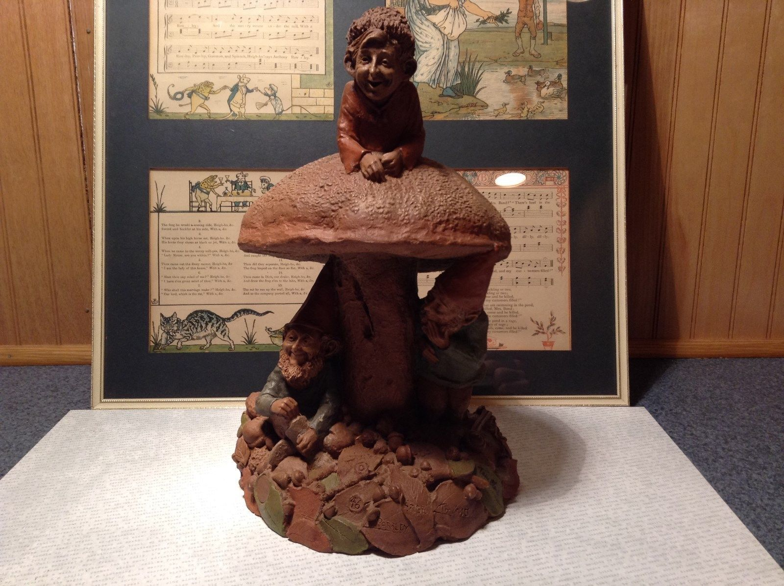 Tom Clark Gnome Statue 3 Gnomes One on Mushroom Two Underneath with Hats