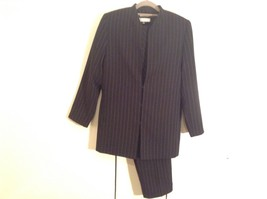 Travis Ayers Black and White Pinstripe Three Piece Suit Pants Jacket Top Size 6P