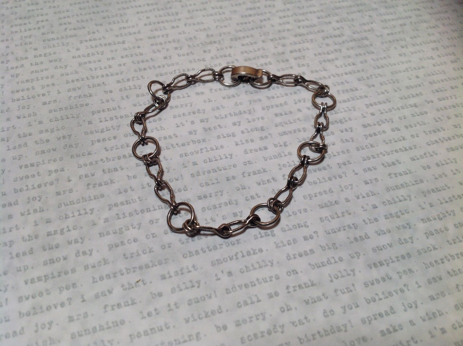 Unique Chain Link Clasp Closure Dark Silver Bracelet