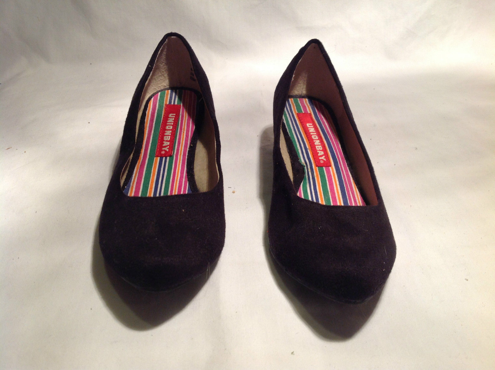 Union Bay Black Small Heeled Slip On Shoe Multicolored Insole Size 6.5M